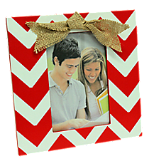 Red and White Chevron 4x6 Photo Frame with Burlap Bow #37647