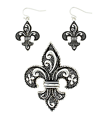 Silvertone Ivy & Dot Textured Fleur de Lis Pendant and Earrings Set #AC1049-AS