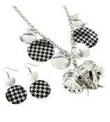 "17"" Houndstooth Disk Elephant Necklace and Earring Set #UNE50103-BLK"